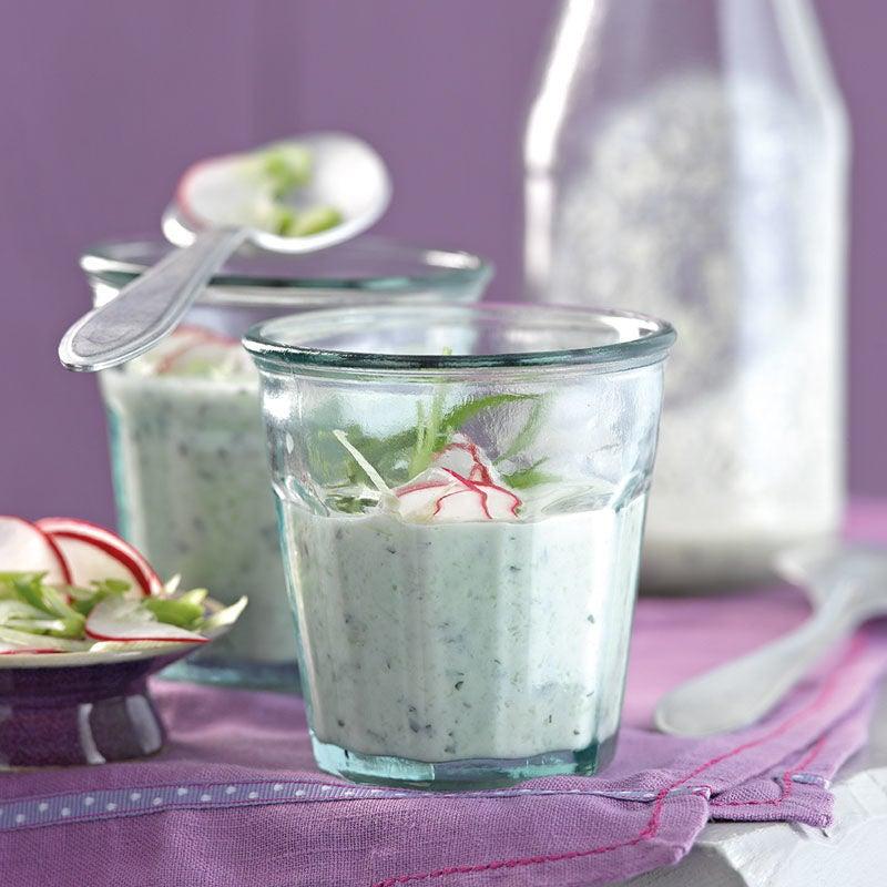 Foto Kalte Gurken-Joghurt-Suppe mit Minze von WW