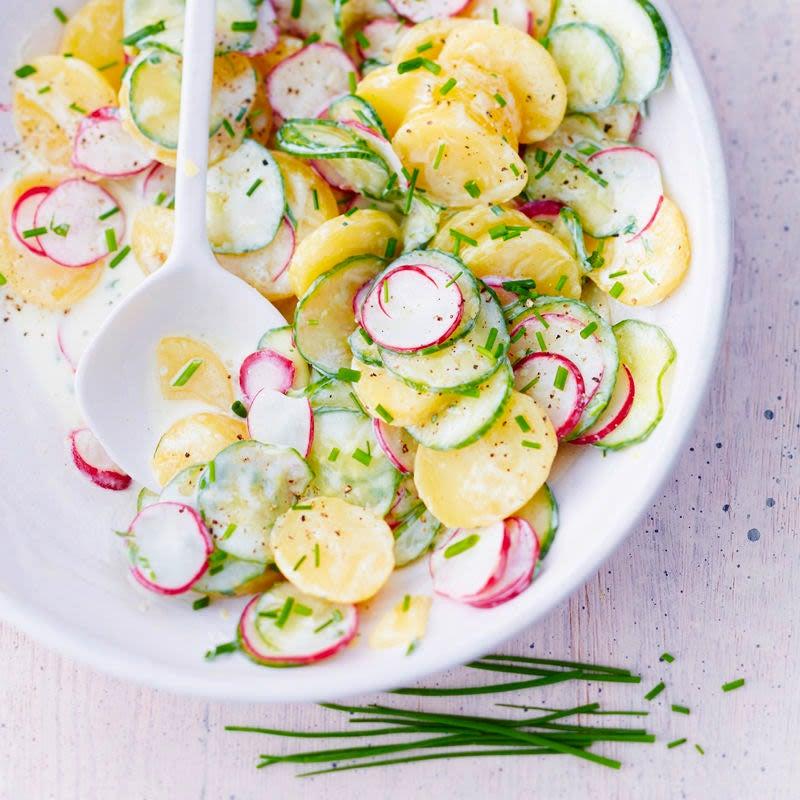 Photo de Salade de pommes de terre, concombre et radis prise par WW