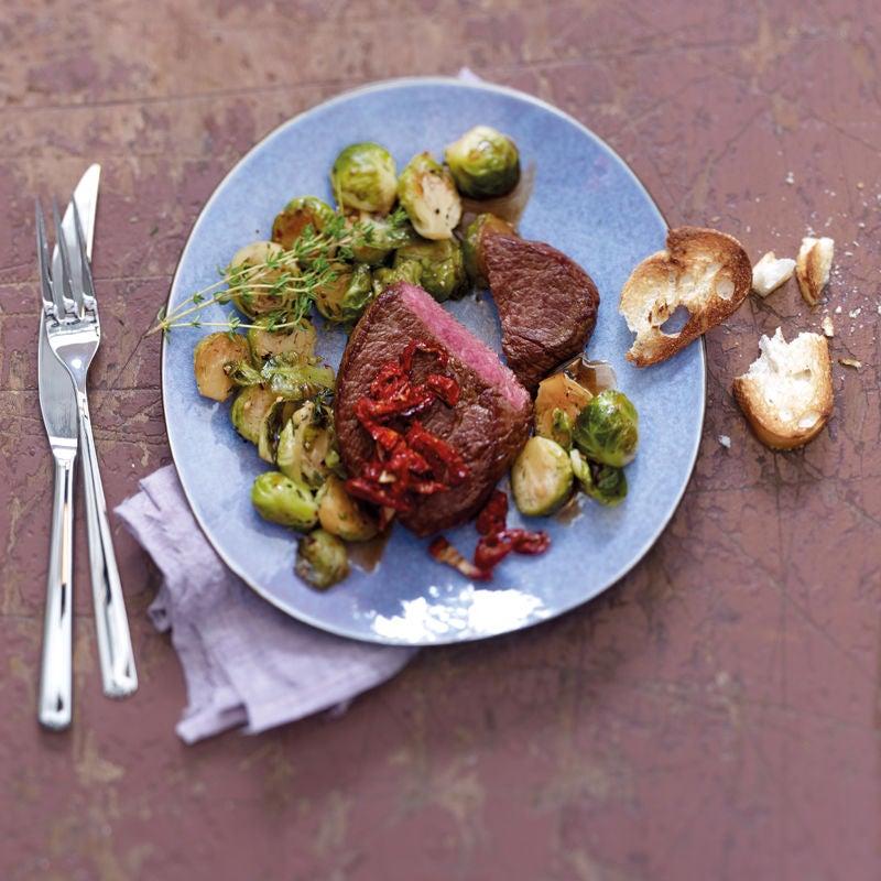 Photo de Steak aux tomates séchées et choux de Bruxelles prise par WW
