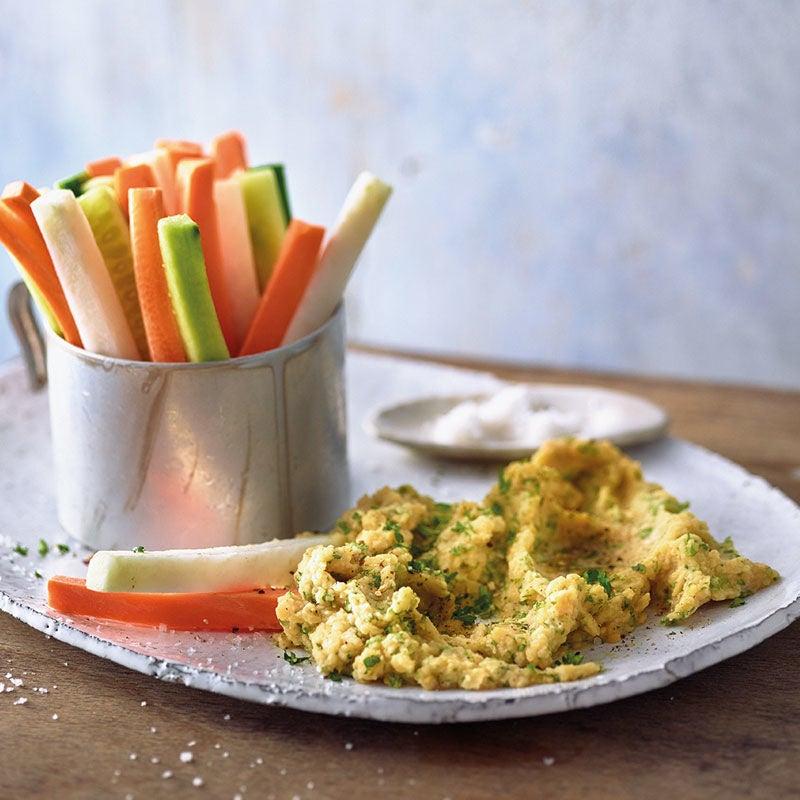 Photo de Crème de lentilles au persil et bâtonnets de légumes prise par WW