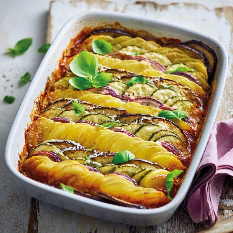 Foto Mediterranes Gemüse-Kartoffel- Gratin mit Parmesan von WW
