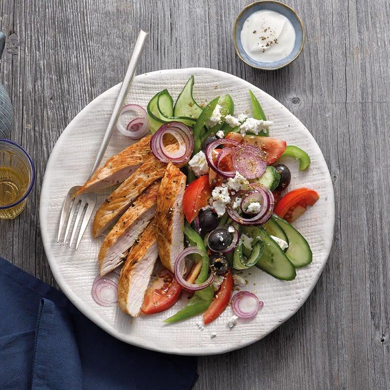 Foto Griechischer Salat mit Trutenschnitzel von WW