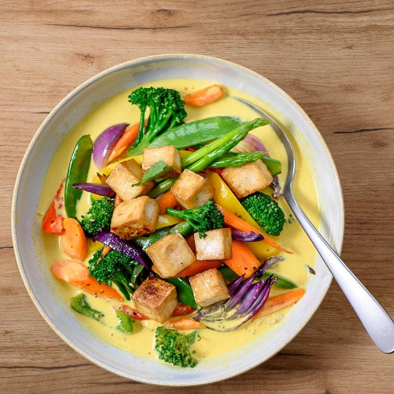 Photo de Curry de tofu et légumes asiatiques prise par WW