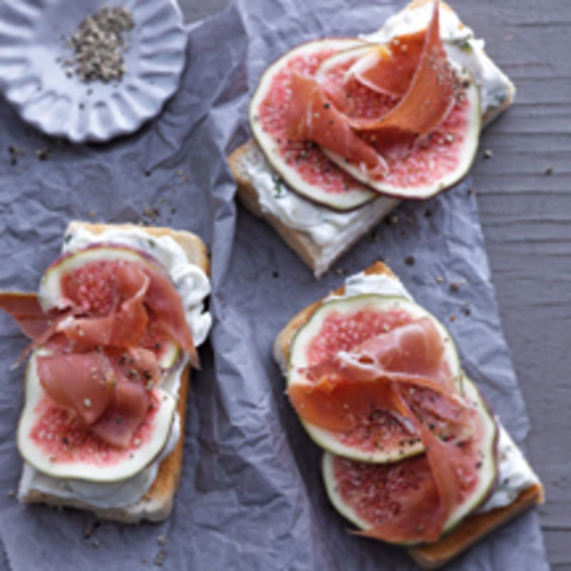 Photo de Bouchées de figues et de jambon cru de Serrano prise par WW